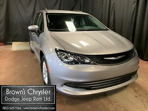 2017 Chrysler Pacifica Save, save, save. Service Demo pricing!