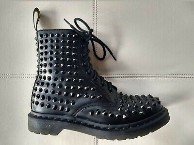 Patetico Brillare perno  Doc Dr. Martens Spike Studded Black Leather Boot Unisex Uk6 US W8 M7 for  sale online | eBay