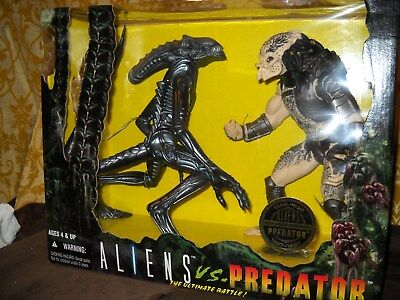 Kenner 10 inch Alien VS Predator 1997
