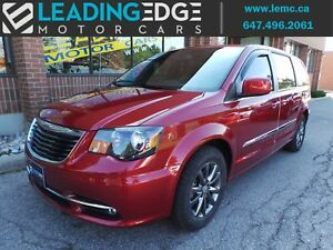 2014 Chrysler Town & Country S Navigation, Entertainmet