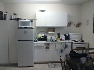 Large Bachelor Apt Available March 1st Peterborough Peterborough Area image 1