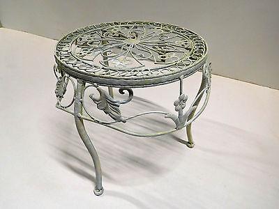 Blumenhocker Blumenständer Hocker Metallhocker Metall weiß creme 090050 groß