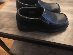 Boys size 12 dress shoes