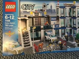 LEGO city 7498 police station
