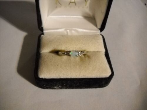 ~Avon Sterling Opal Ring Size 8.25~