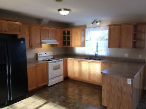 3 bed, 2.5 bath house available in Eastern Passage