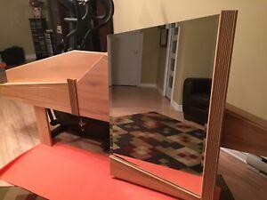 Miroir et tête de lit De fabrication Québécoise