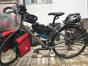 COMPLETE Touring Bike Norco Indie 4 with TONS OF GEAR