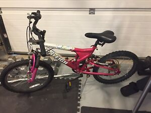 Girls six speed Raleigh Mountain Bike