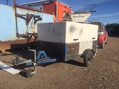 Used car box trailer