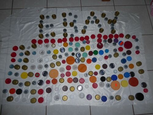 Plastic bottle Caps Lot of 1500 clean Assorted arts Crafts Scrapbooking lids