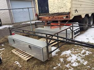 Utility/contractor rack for 8 foot box