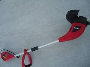 Weed line trimmer in very good used working condition Holland Park Brisbane South West Preview