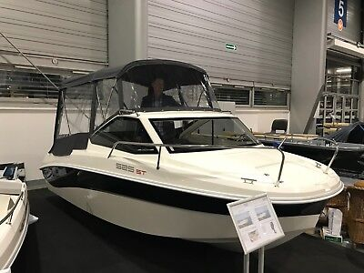 Remus 525 ST Cabin Boat Fishing High Quality Motor Dinghy Cruiser River Yacht 17