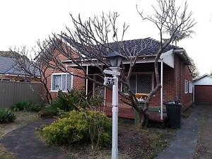 Nice tidy house with nice garden plus an extra separate big yard Rivervale Belmont Area Preview