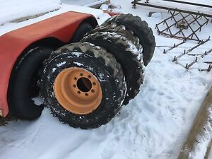 Skidsteer tires and rims