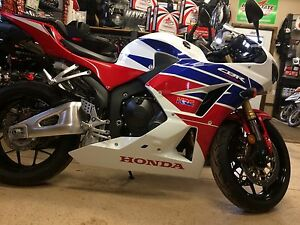 Honda CBR 600 only 1km   Financing Available
