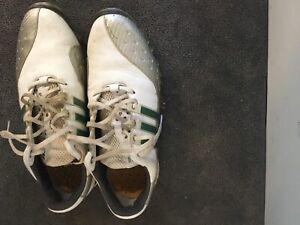 Two pair men's golf shoes