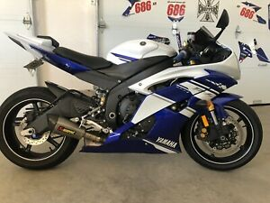 2014 Yamaha R6 mint!! REDUCED!!!