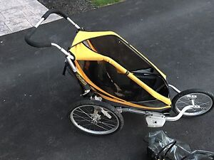 CHARIT Cougar jogger - great condition