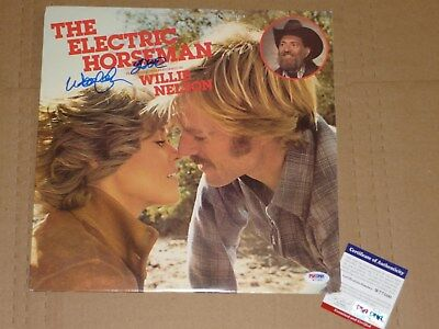 WILLIE NELSON HAND SIGNED THE ELECTRIC HORSEMAN PSA DNA COA VINTAGE ALBUM LP