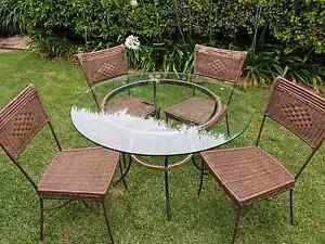 Outdoor table and chairs Wilsonton Toowoomba City Preview