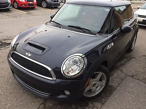 2009 MINI Cooper S Coupe (2 door)