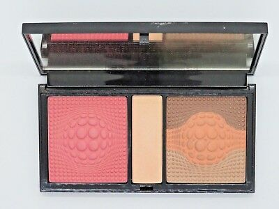 READY TO WEAR SIMPLY BEAUTIFUL COMPACT FACE PALETTE - FULL SIZE - NEW