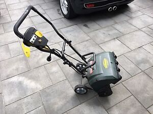 SOUFFLEUSE ÉLECTRIQUE / ELECTRIC SNOW THROWER