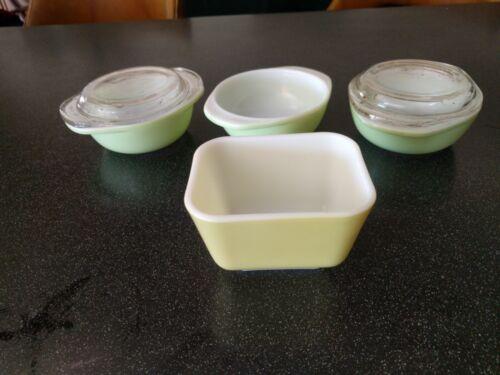 PYREX 501B rectangular CUP 3 080 Individual Casserole YELLOW GREEN MILK GLASS
