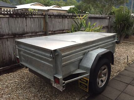For sale Heavy duty Galvanised box trailer