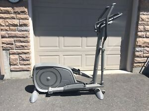 Tuntari elliptical trainer