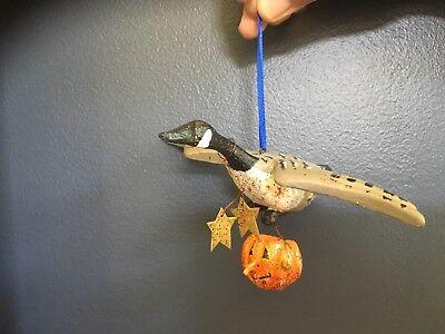 House of Hatten Halloween Folk Art Bird Carrying a Pumpkin Ornament, 2003