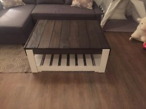 Gorgeous modern rustic coffee table MAKE ME AN OFFER