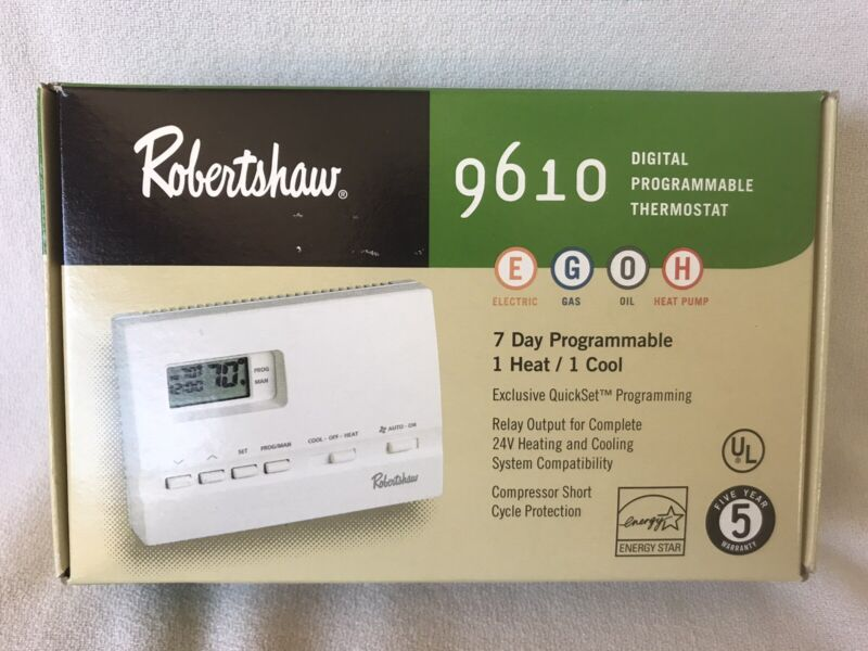 9610 Digital Programmable Robertshaw Thermostat NEW OLD STOCK - LAST ONE
