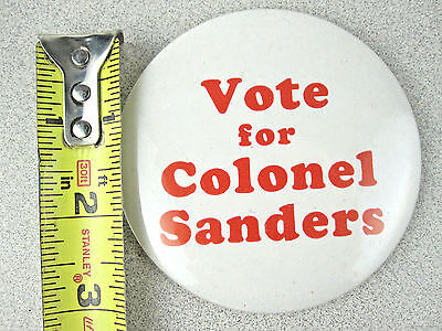 """Vtg BIG 3.5"""" Kentucky Fried Chicken Vote for Colonel Sanders Pinback Button RaRe"""