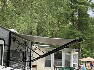 Trailer Electric awning