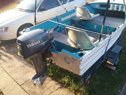 4M ALUMINIUM TINNY WITH 2009 25HP YAMAHA MOTOR AND TRAILER Belmont Lake Macquarie Area Preview