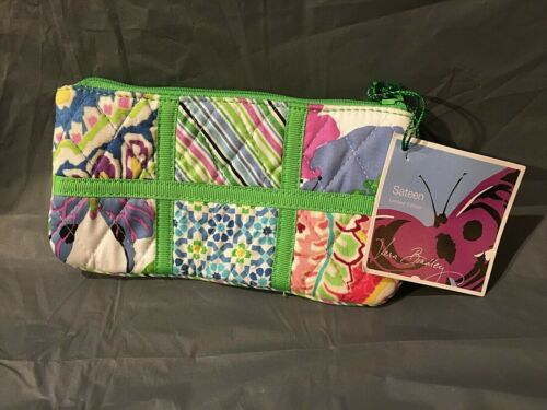 "Vera Bradley Make Up Bag Sateen Pattern 7""x4"""
