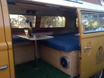 Beautiful Kombi - seized engine - restoration dream Broome 6725 Broome City Preview