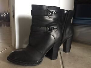 Brand new Black boots size 9
