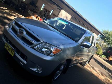2007 Toyota Hilux (GGN15R) SR5 Xtra Cab 2-door utility Kelvin Grove Brisbane North West Preview
