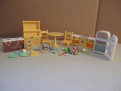 Calico Critters Kozy Kitchen Set Dollhouse Stove Table Sink Fridge Lot