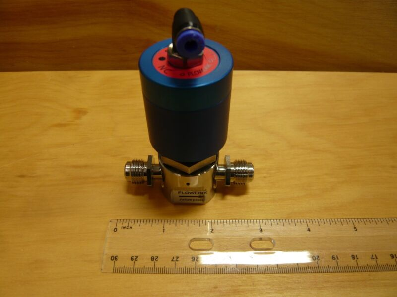 """FLOWLINK VALVE, 1/4"""" VCR MALE, NORMALLY CLOSED (NC) 1/8"""" NPT PNEUMATIC INPUT"""