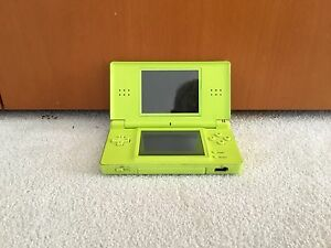 Nitendo Ds lite with games Cooroibah Noosa Area Preview
