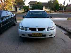 2001 holden vx commodore Registered 8 seater Fairfield West Fairfield Area Preview