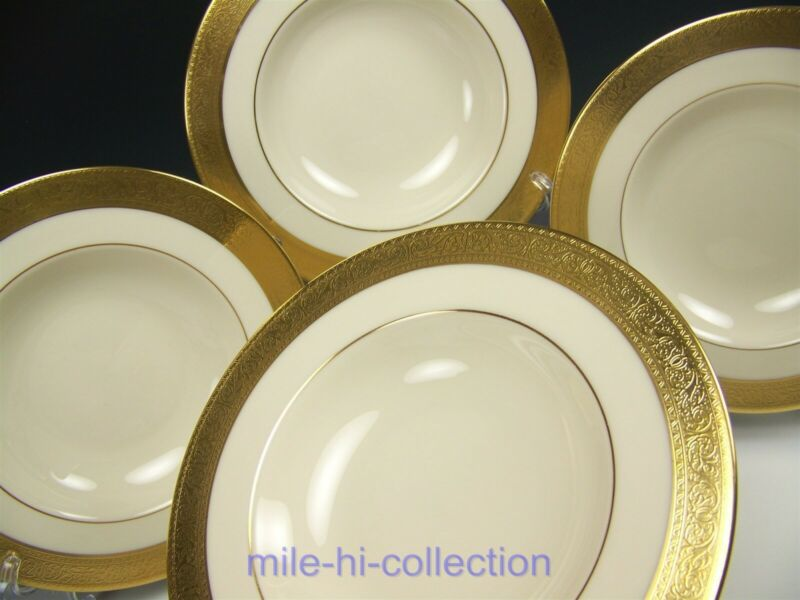 LENOX WESTCHESTER GOLD ENCRUSTED RIM SOUP BOWLS SET OF 4 (LOT 2)