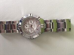 Montre GUESS stainless