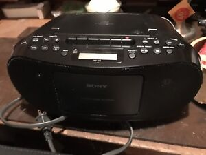 Radio Cd et Cassette Sony