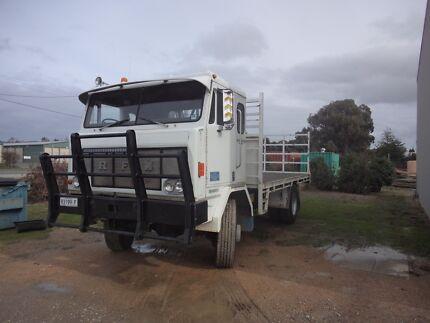 RFW 4wd Tray Truck Lavington Albury Area Preview